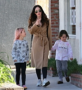 Megan_Fox_-_Out_in_Calabasas_with_her_kids_02232019-01.jpg