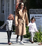 Megan_Fox_-_Out_in_Calabasas_with_her_kids_02232019-05.jpg
