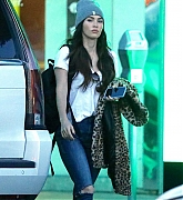 Megan_Fox_-_out_shopping_in_Los_Angeles_12132018-02.jpg