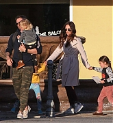 Megan_Fox_and_Brian_Austin_Green_-_take_their_kids_to_Color_Me_Mine_in_Los_Angeles_02172019-04.jpg